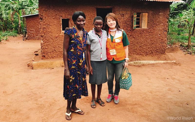 201709_story_visitUganda_07