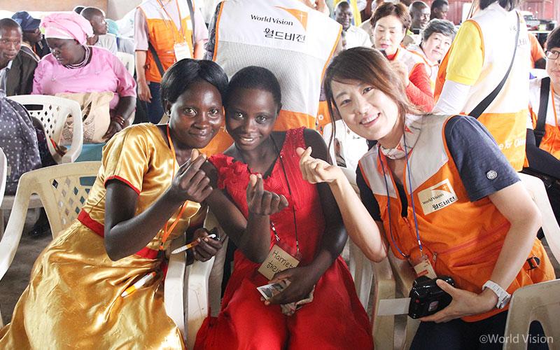 201709_story_visitUganda_15