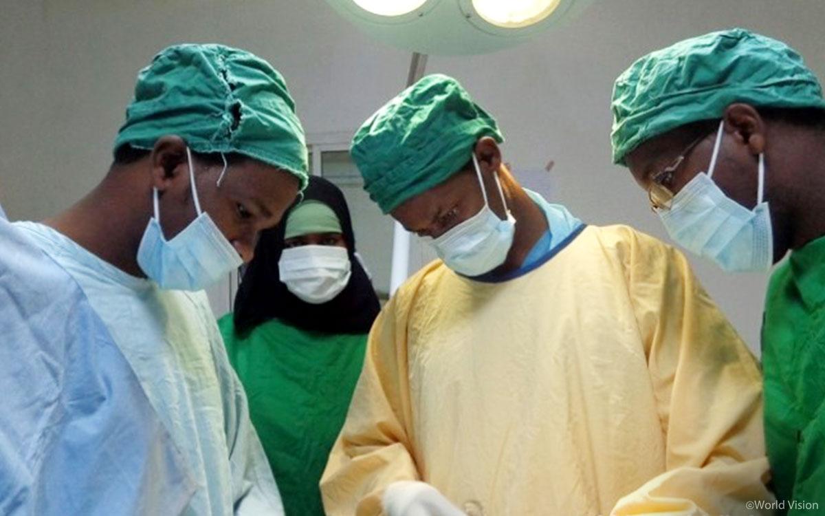 소말리아에서 피해 여성의 누공 수술을 지원하는 월드비전