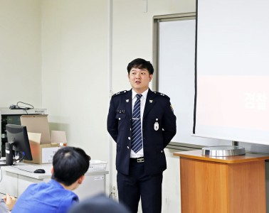 201806_story_academy_top
