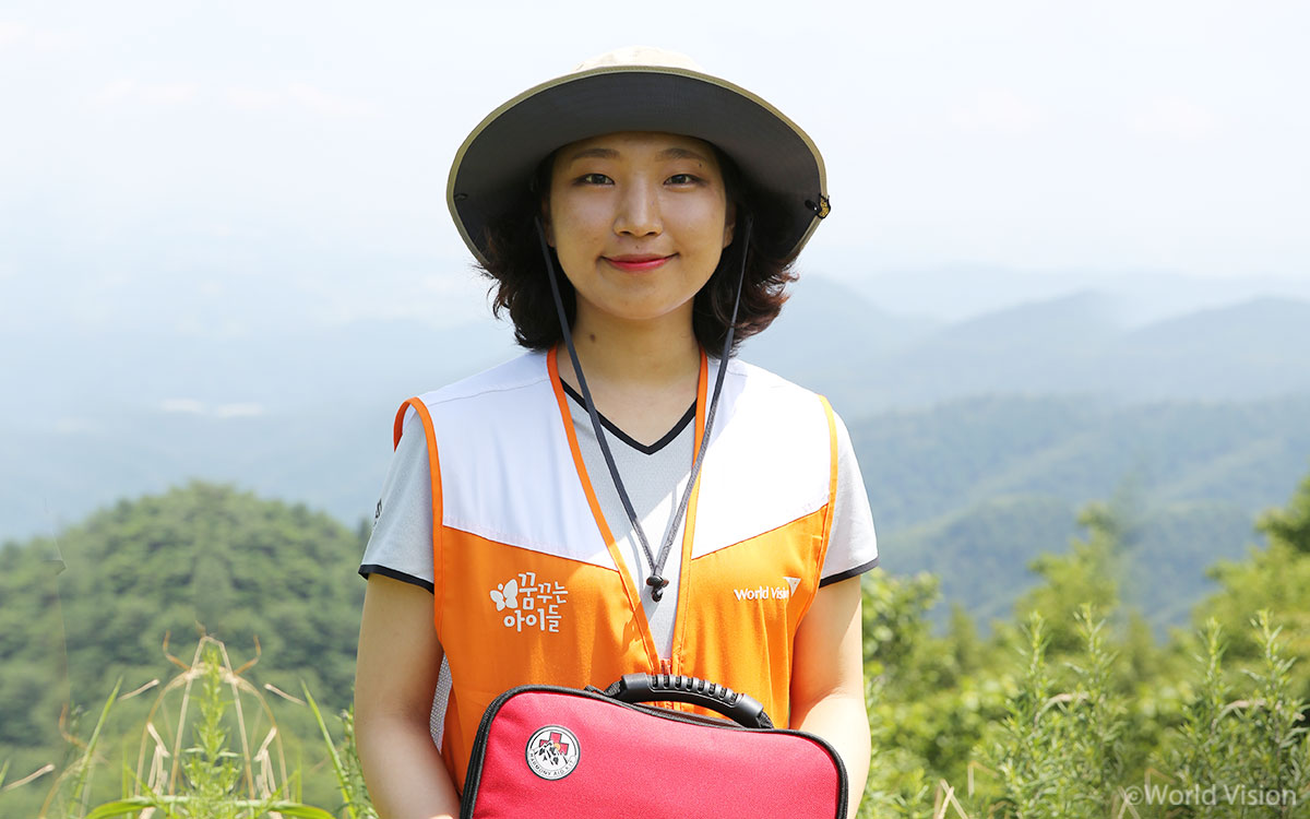 201808_story_magazine_volunteer06