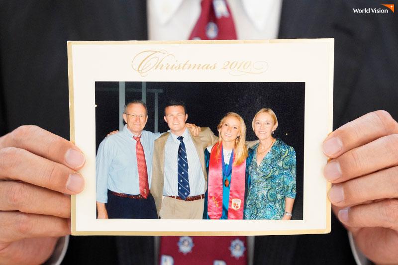 어린 시절, 미국인 월드비전 후원자가 보내주신 가족사진