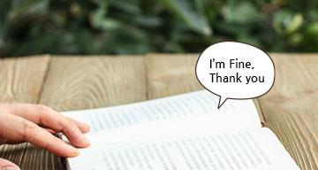 영어책을 펼쳐놓은 모습