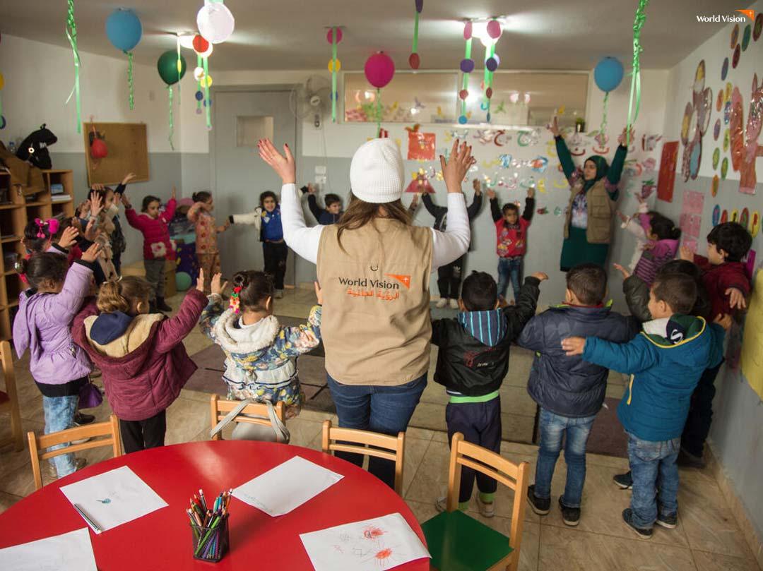 월드비전은 피해 아동과 주민을 위해 여러 긴급구호 활동을 펼치고 있습니다.
