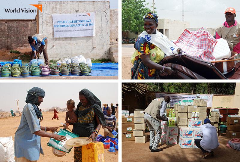 물품을 지원받는 말리 사람들의 모습